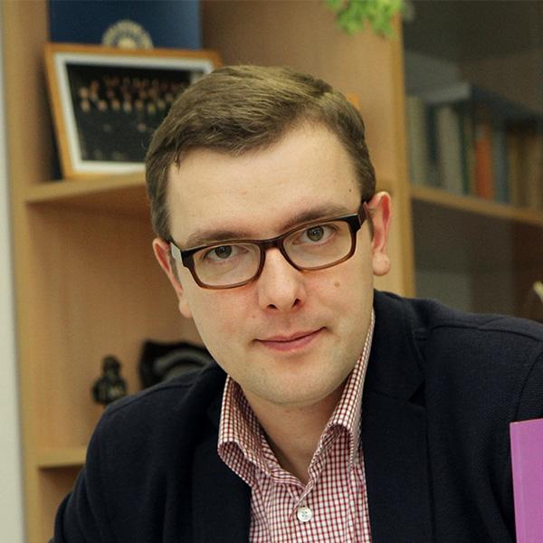 zdjęcie portretowe Bartłomieja Chludzińskiego