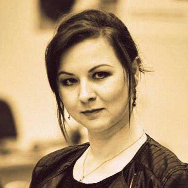 zdjęcie portretowe Magdaleny Cyrklaff-Gorczycy